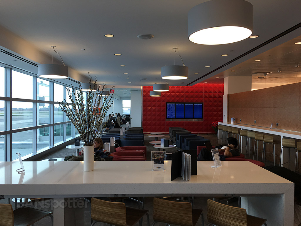 delta sky club seating options