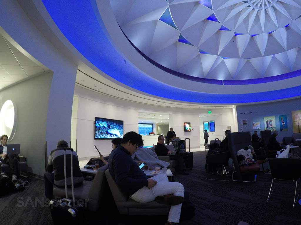 LAX delta sky club interior