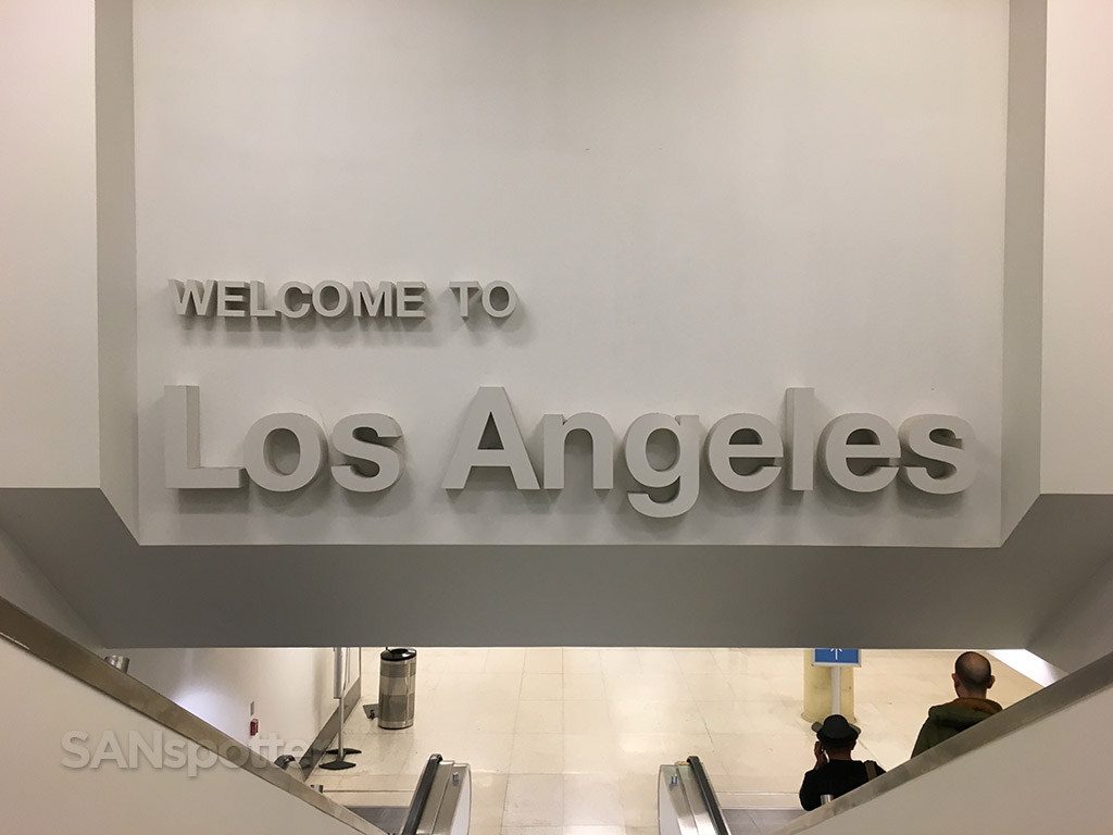 welcome to los angeles sign