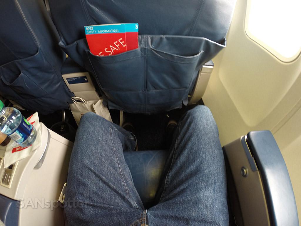 delta 737-800 first class leg room