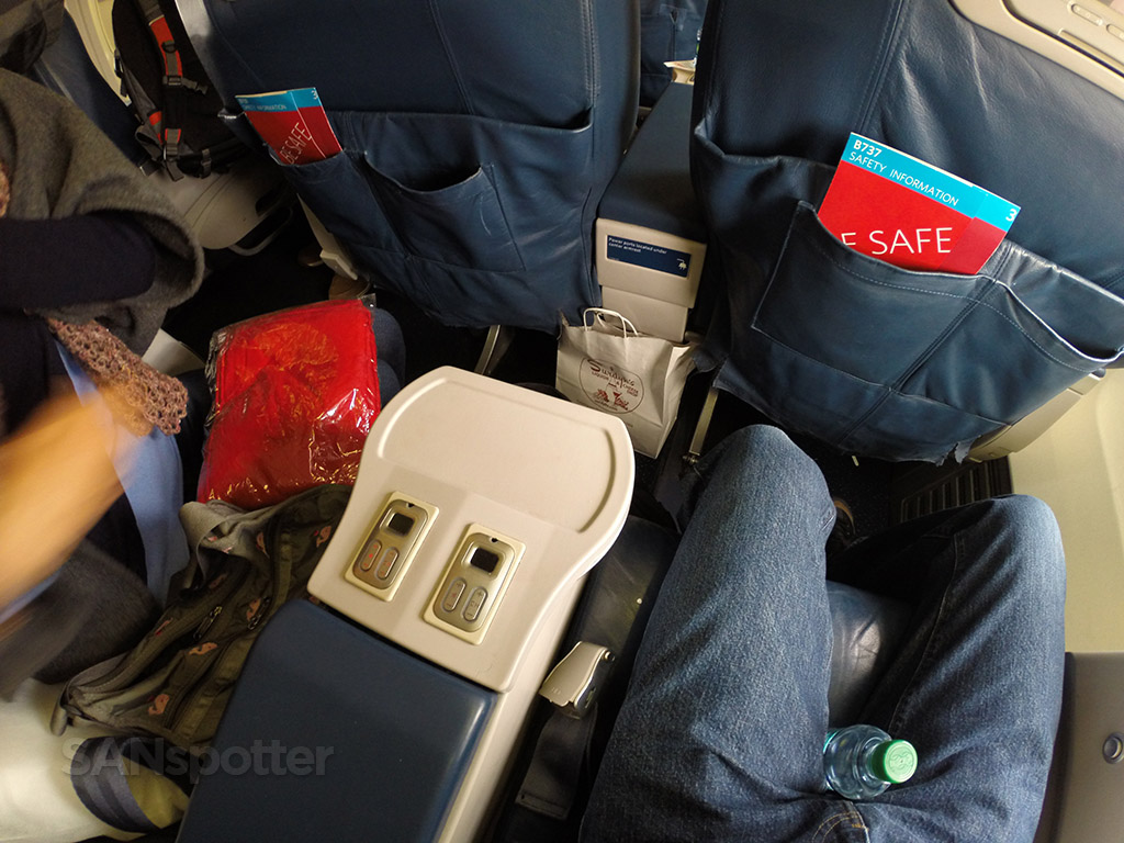 delta first class leg room