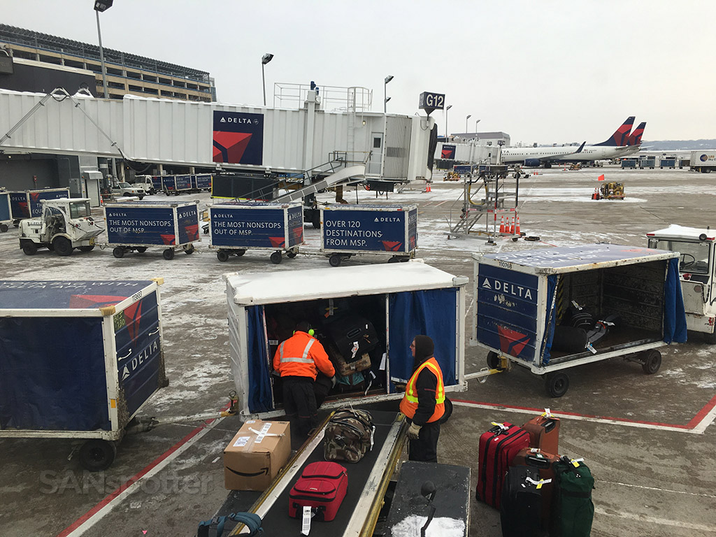 Delta Airlines ground crew MSP