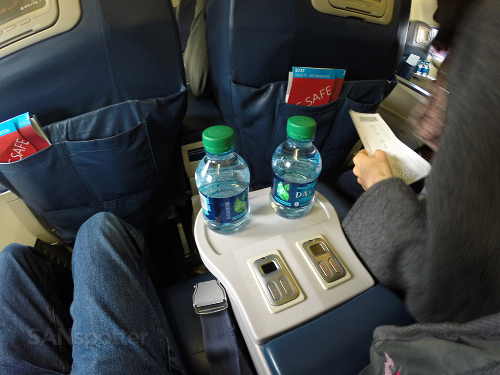 delta first class mini water bottles
