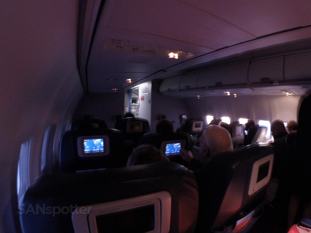 delta first class cabin 737