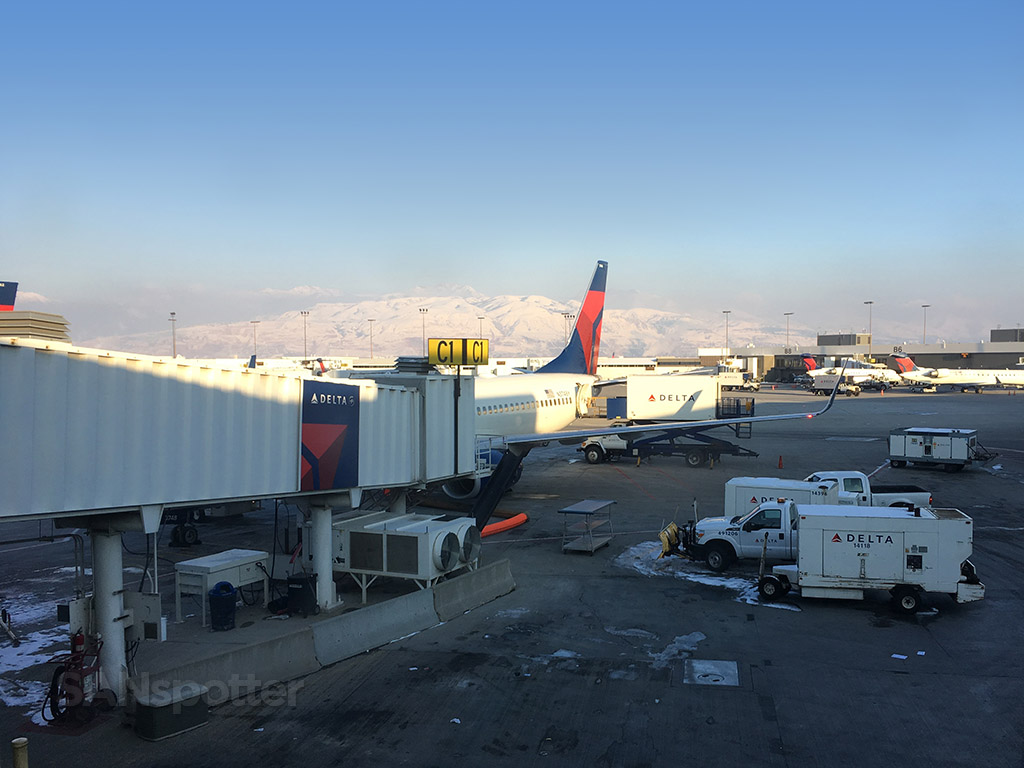 salt lake city airport winter