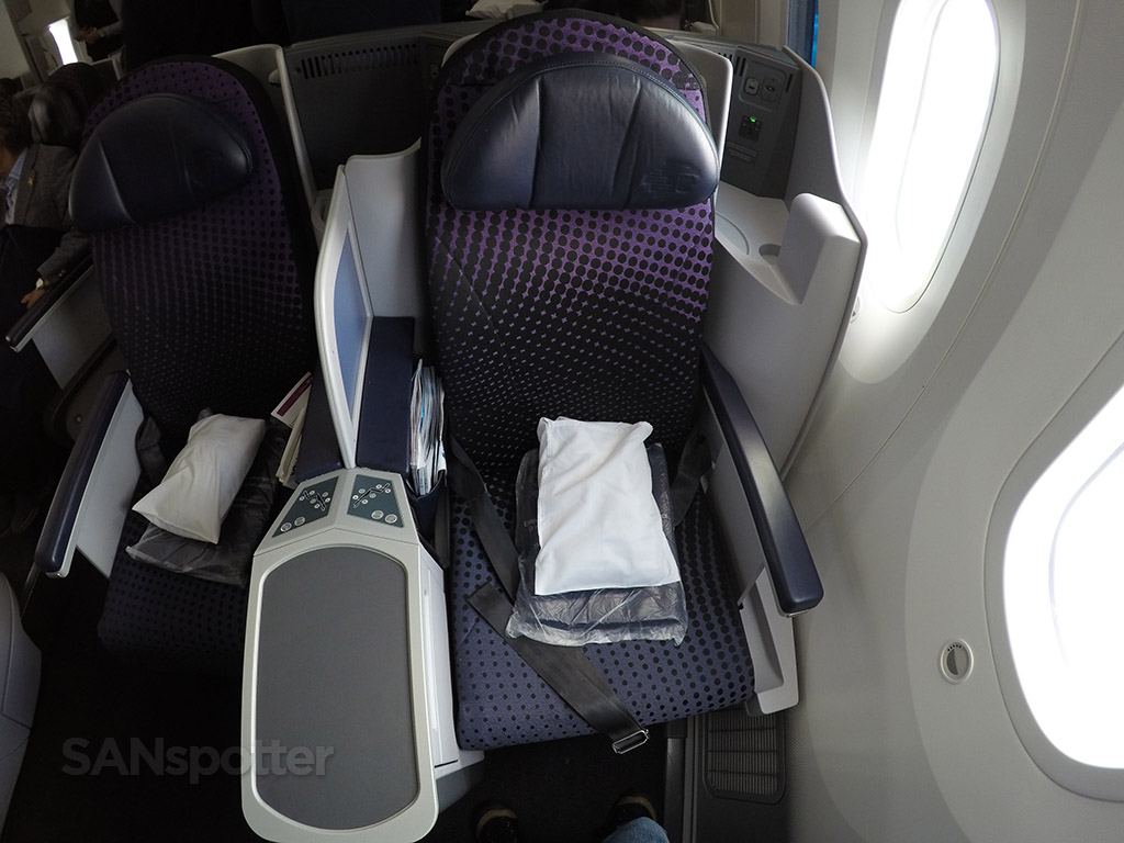 seat 3A aeromexico business class seat