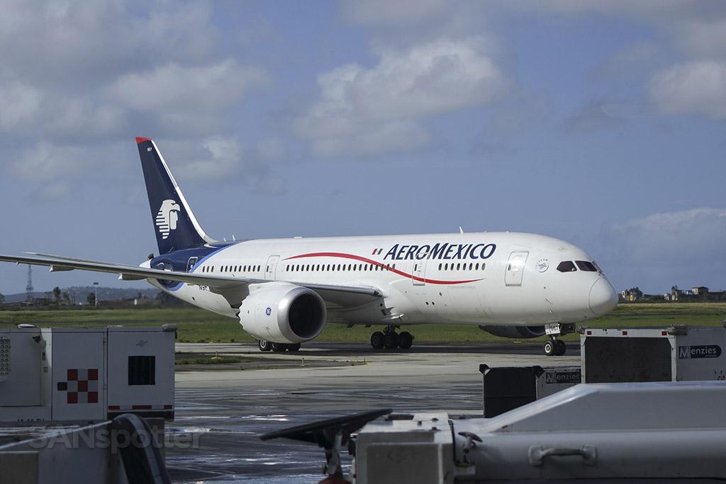aeromexico 787 n967AM