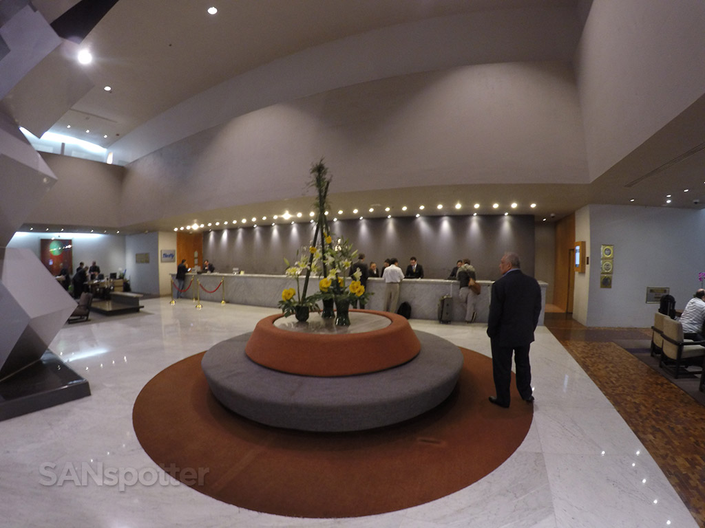 presidente intercontinental lobby wide angle