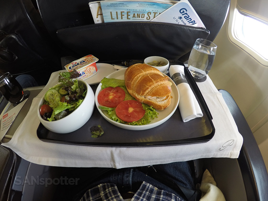 AeroMexico Premier Class lunch