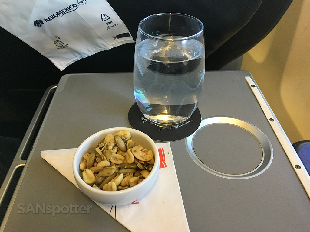 aeromexico in flight snack