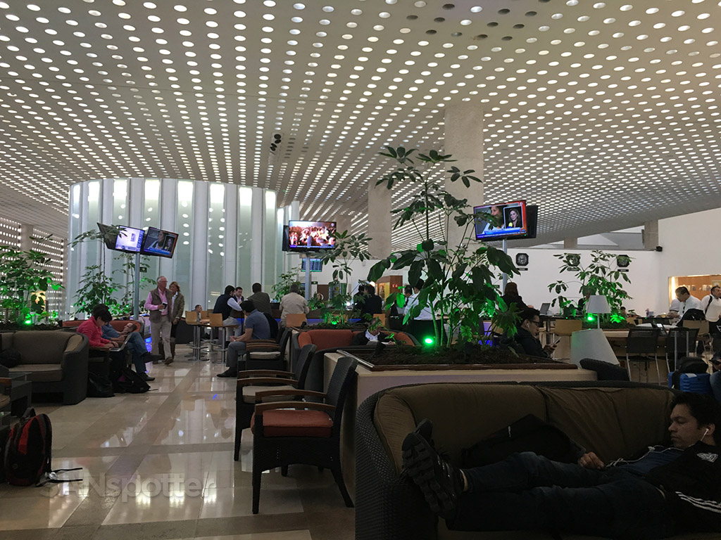aeromexico salon premier club lounge