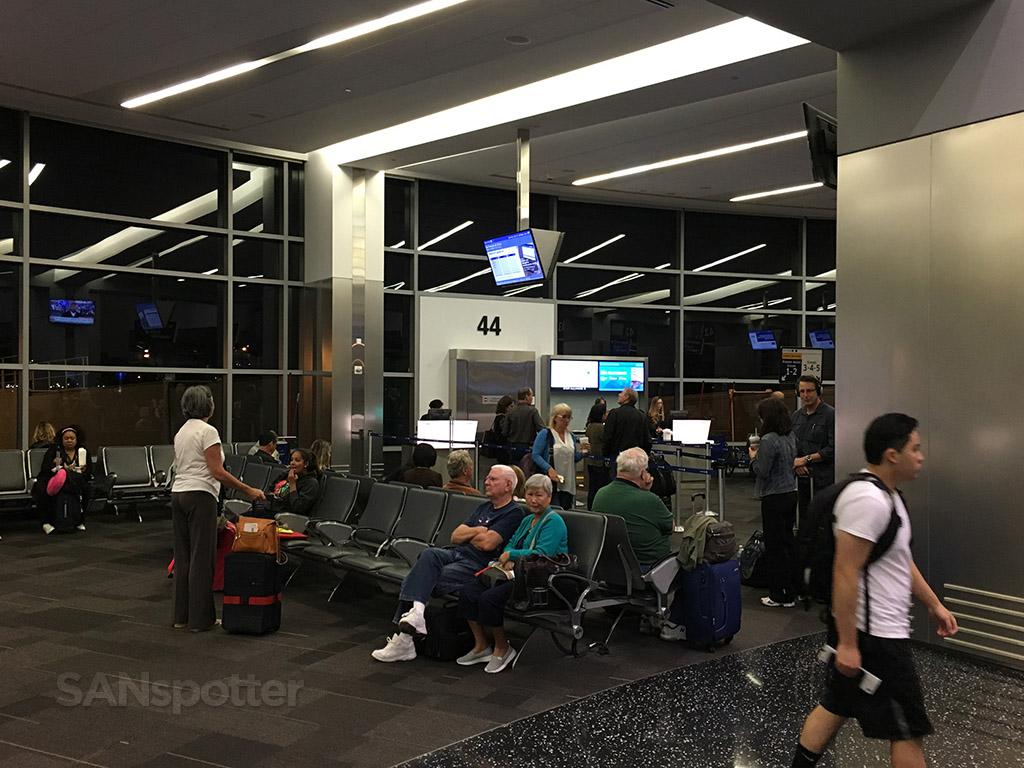 gate 44 san diego airport