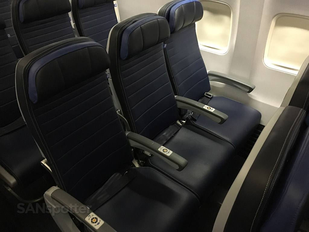 united economy plus seats