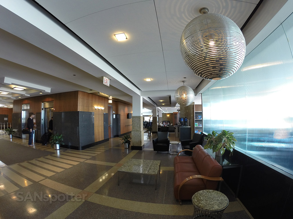 admirals club decor