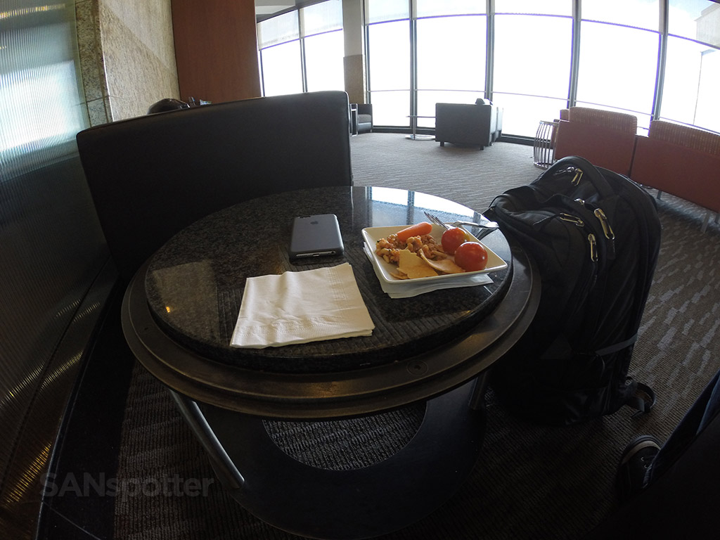 snacking at the admirals club chicago O'hare