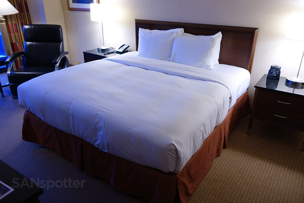 Hilton O'Hare king bed