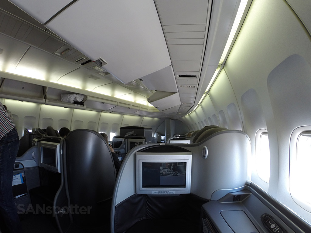 united airlines 747-400 global first cabin