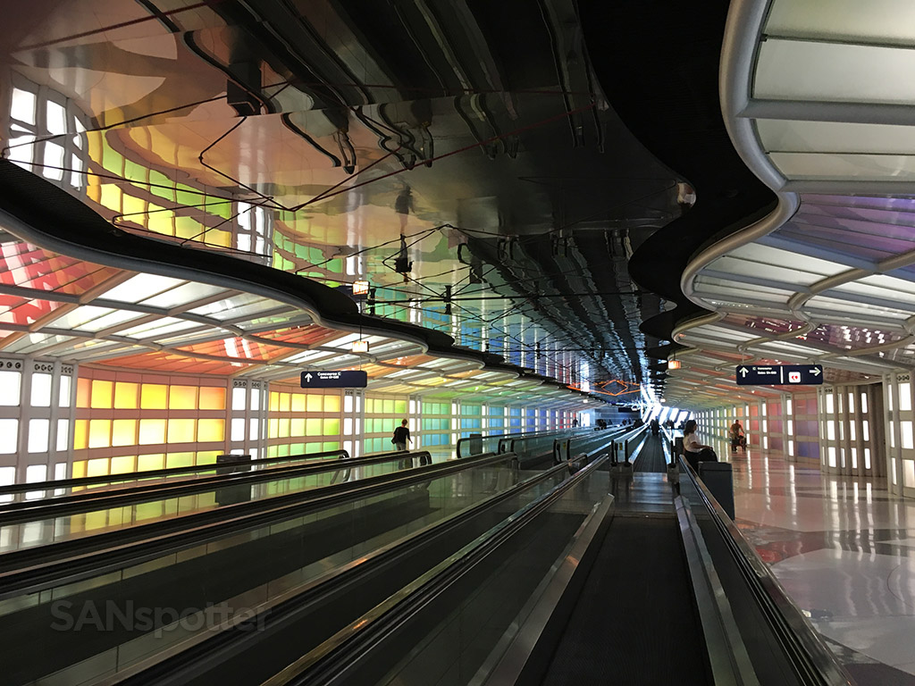 chicago o'hare underground tunnel