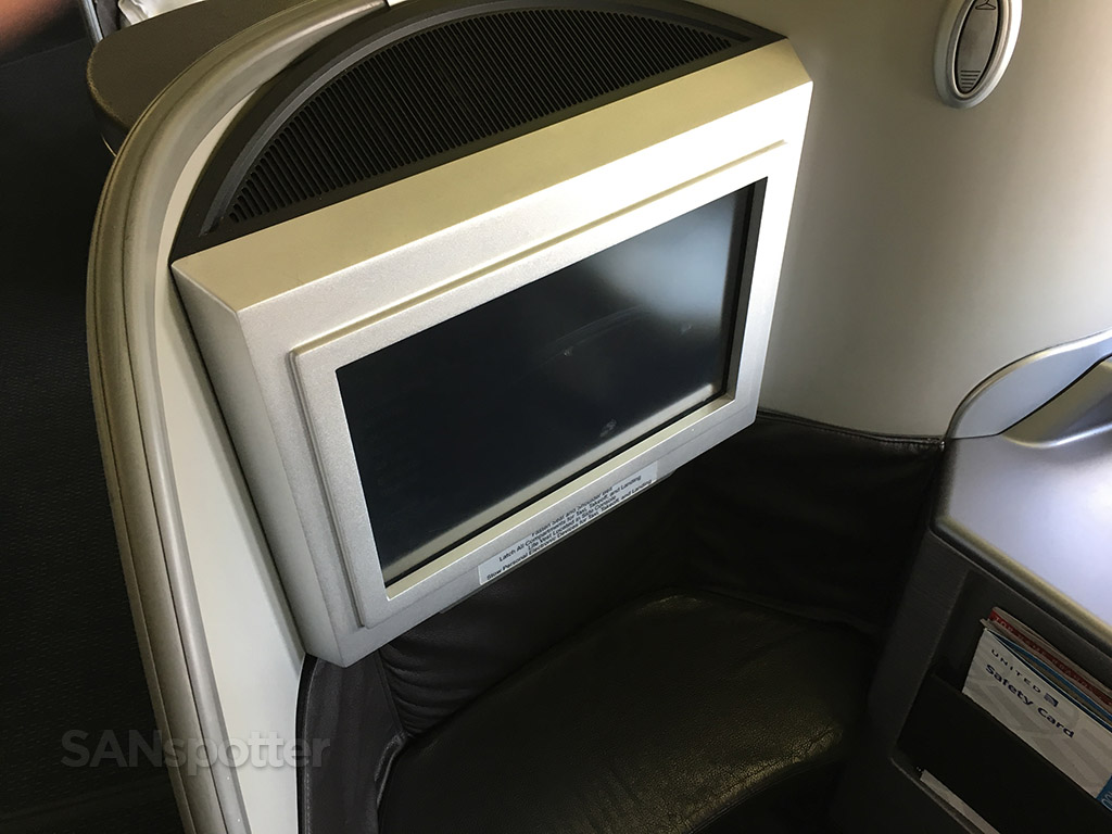 united airlines global first video screen