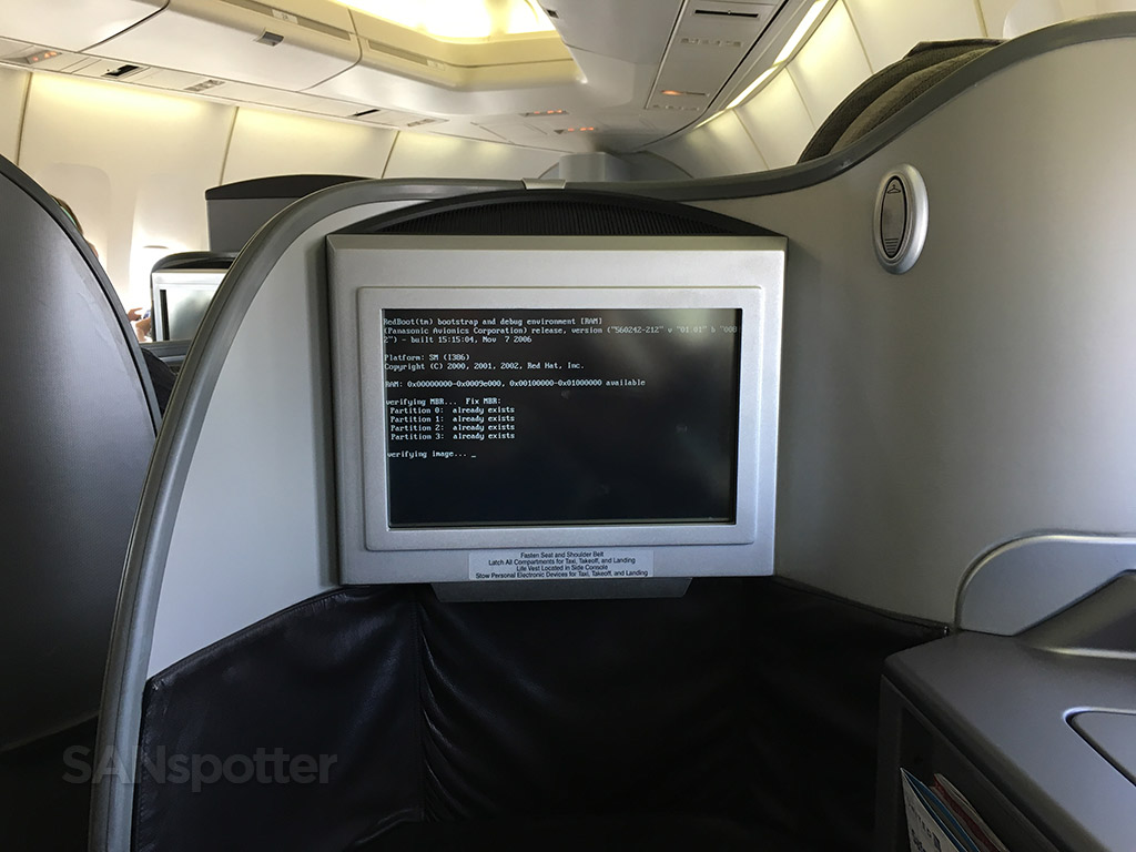 in flight entertainment system crash