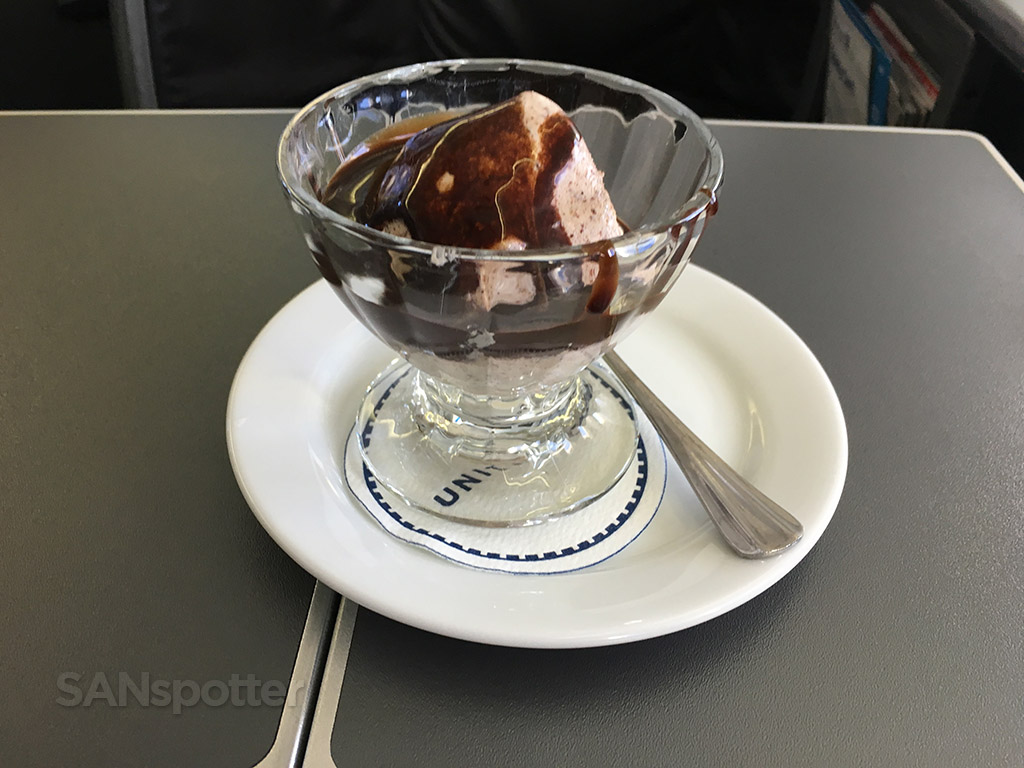 united airlines global first ice cream sundae