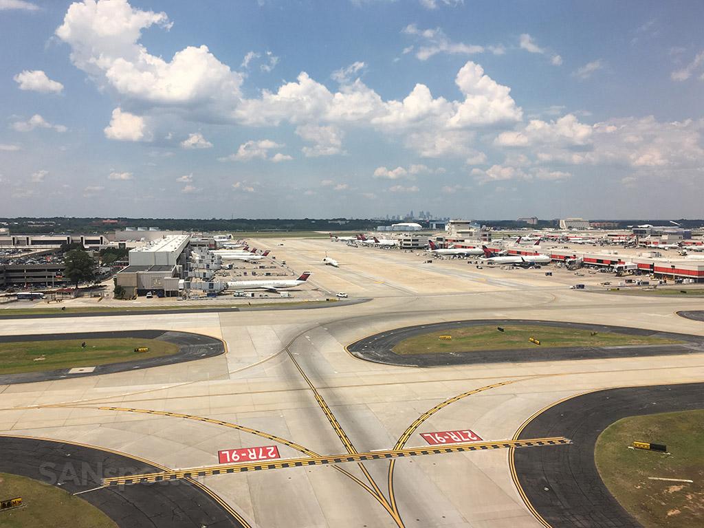departing runway 27R ATL