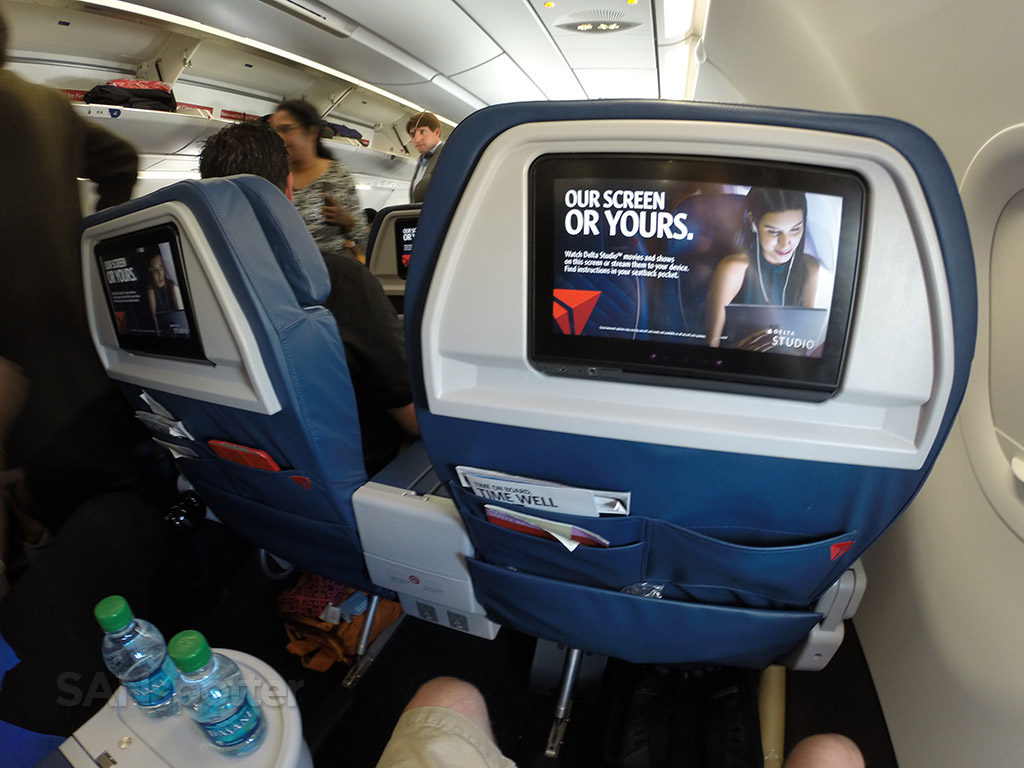 personal video screens delta airlines a321 first class