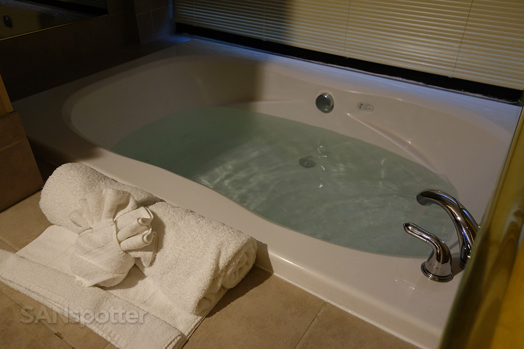best western ocean view resort seaside jacuzzi