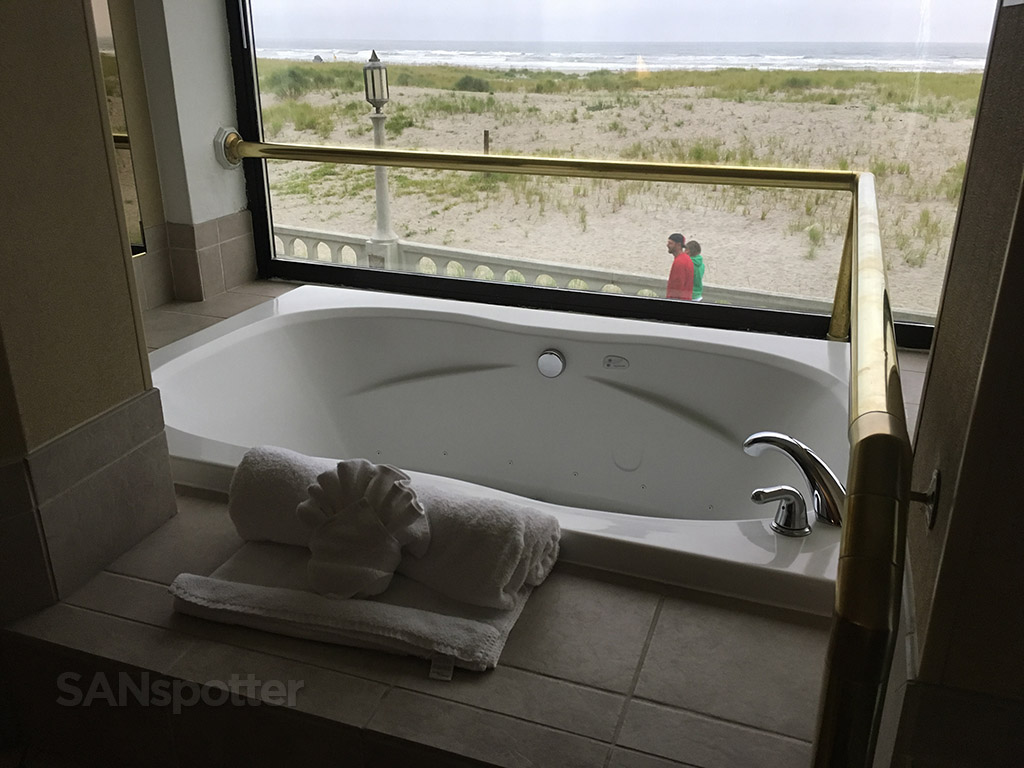 best western ocean view resort jacuzzi
