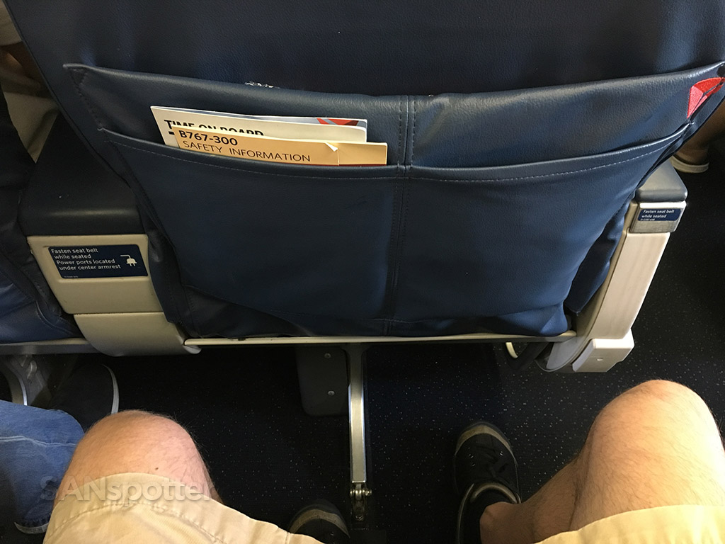 delta airlines 767-300 first class seat pitch