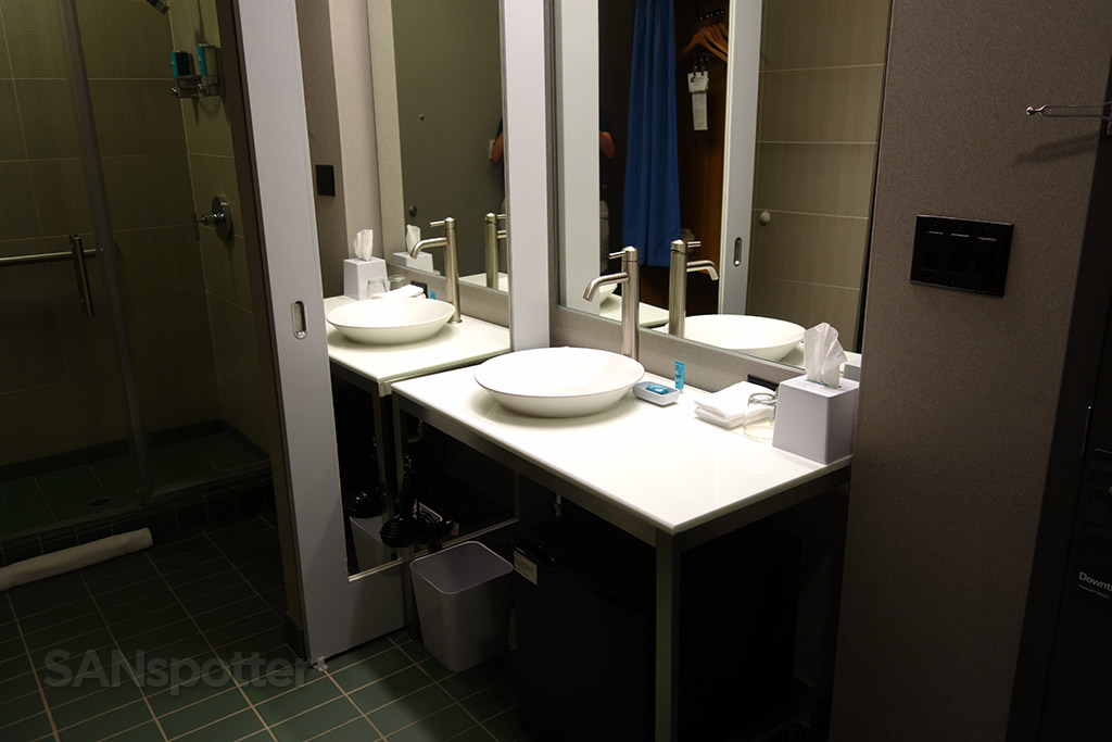 aloft hotel bathroom vanity