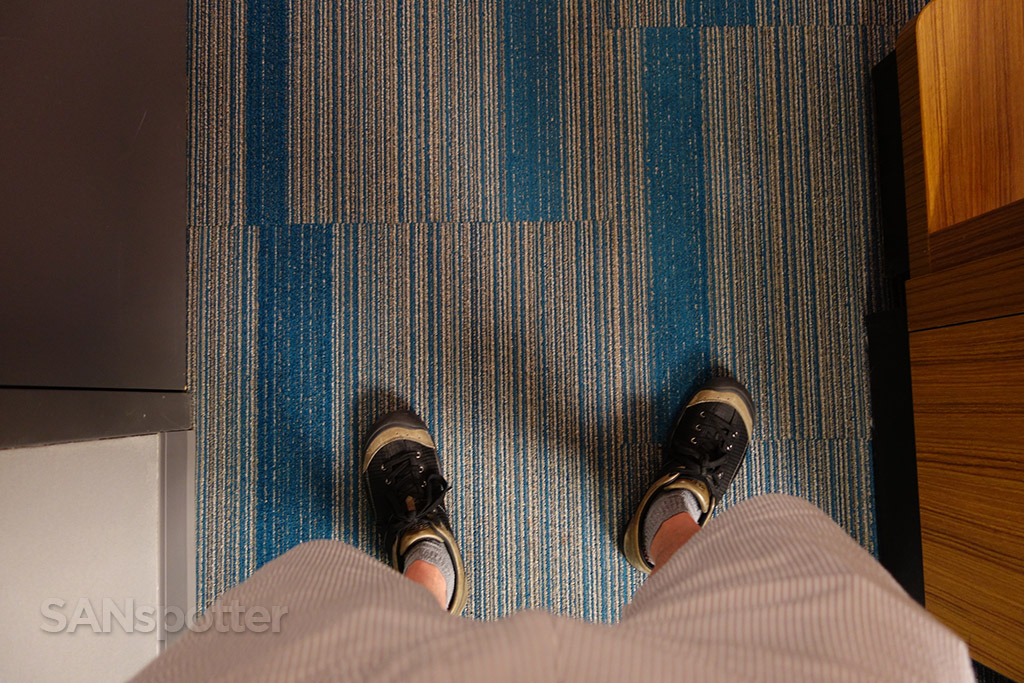 aloft hotel room carpet