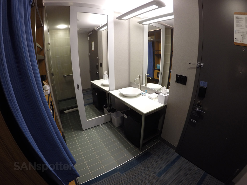 aloft hotel room bathroom