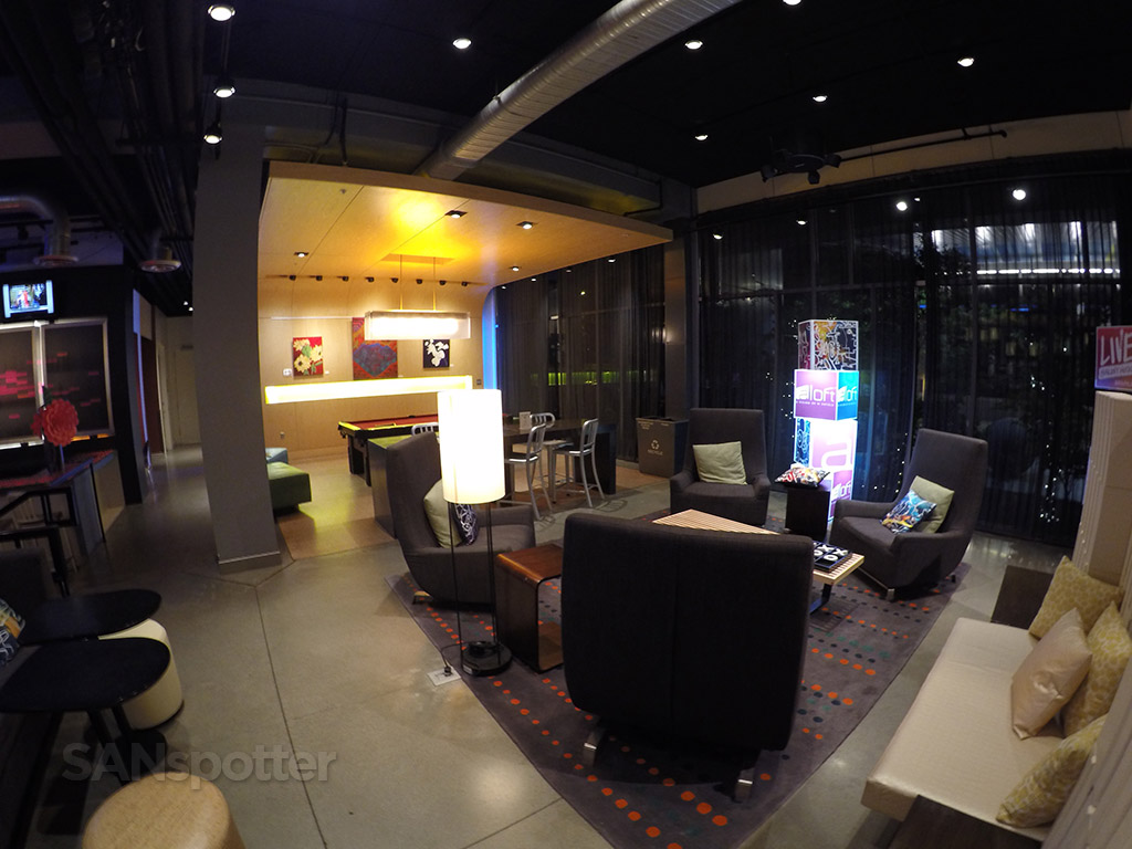 aloft main lobby lounge