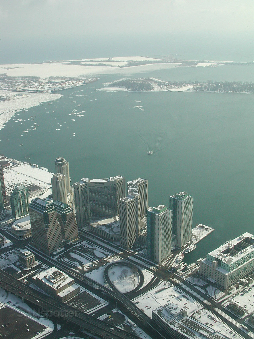 toronto waterfront winter time