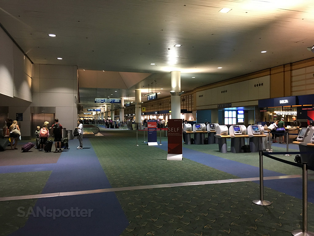 PDX airport ticketing counters