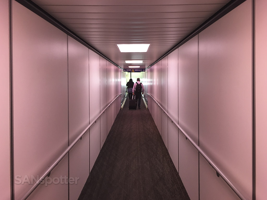 jetway mood lighting SFO