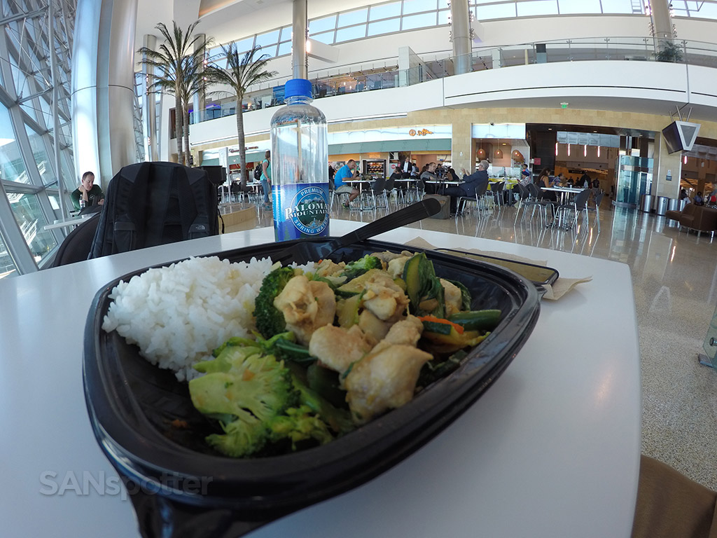 lunch san diego airport