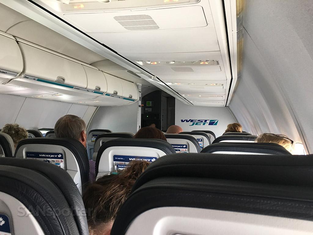 westjet 737-700 cabin