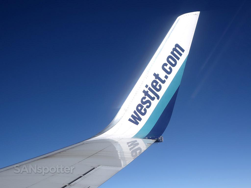 WestJet 737-700 winglet