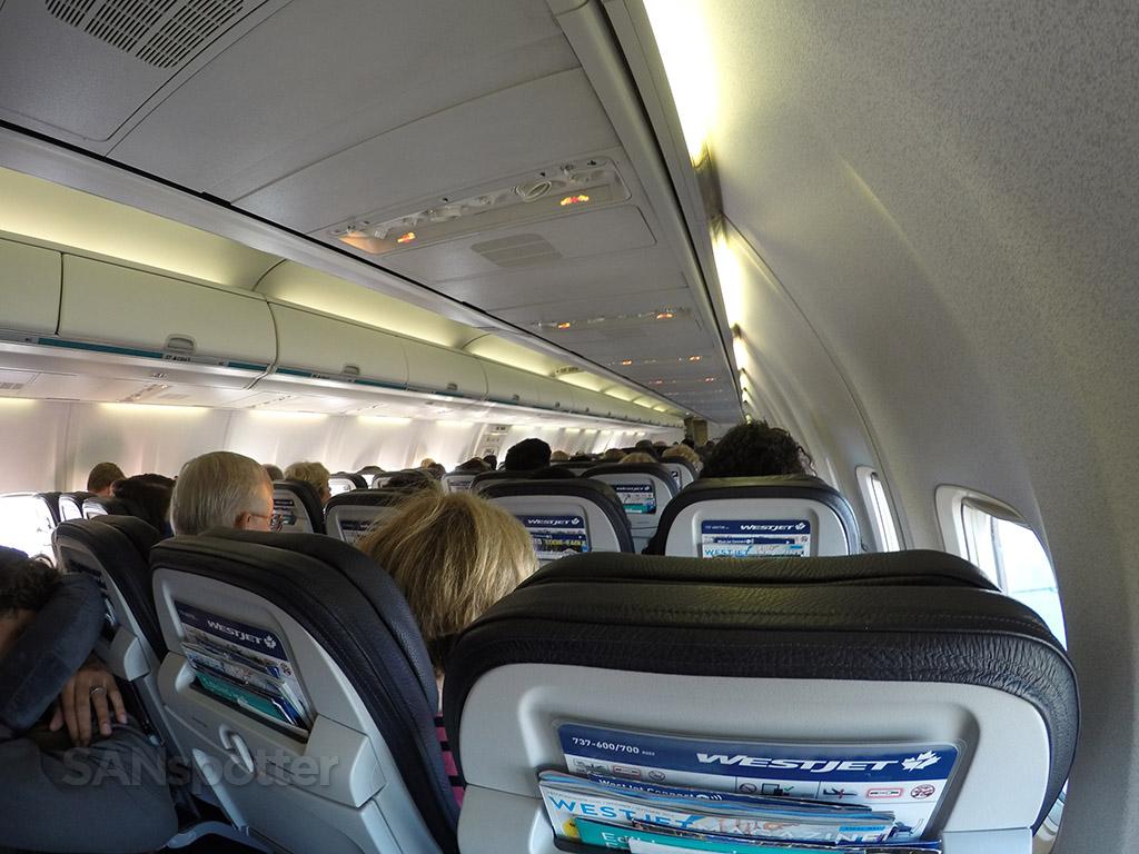 westjet 737-700 cabin interior