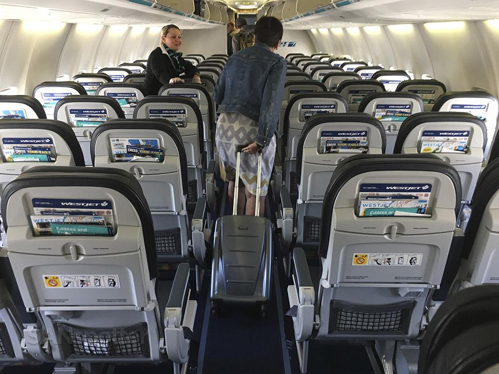 westjet 737-700 interior