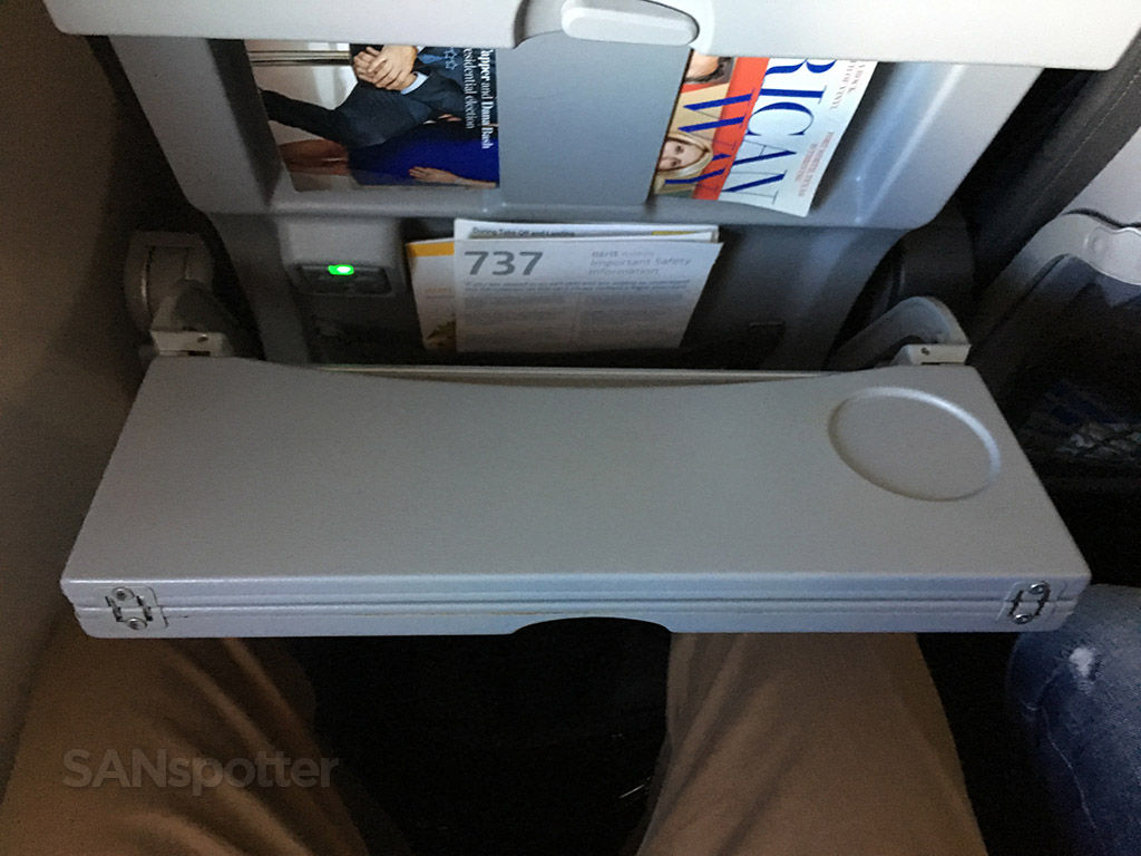 folding tray table american airlines