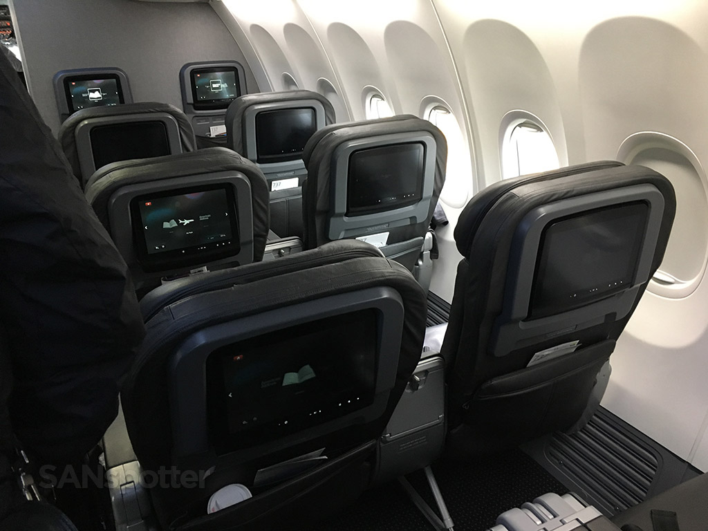 american airlines 737-800 first class cabin