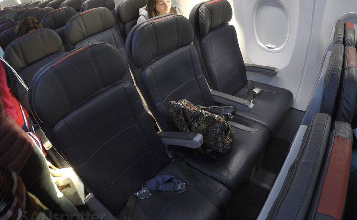 american airlines 737-800 premium economy