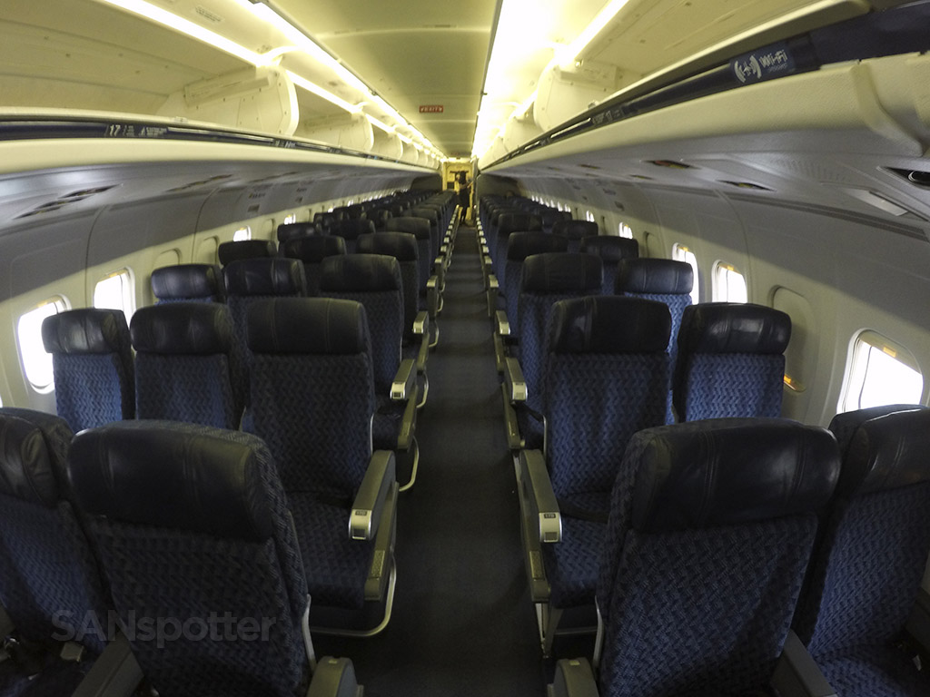 American Airlines MD-83 main cabin