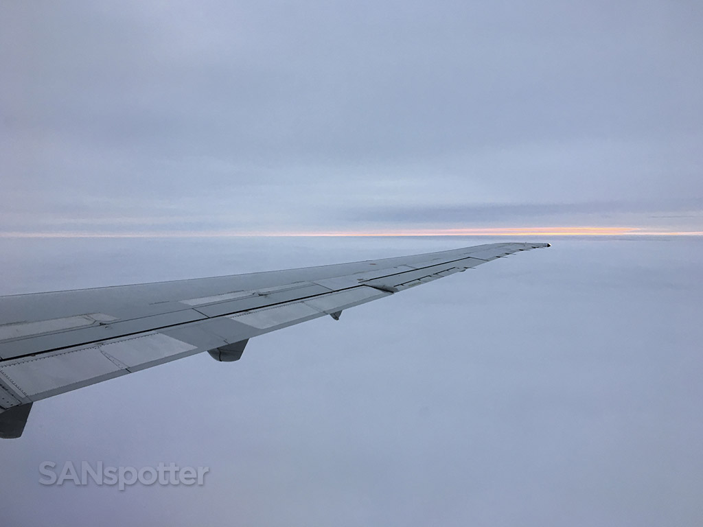 American Airlines MD-83 wing