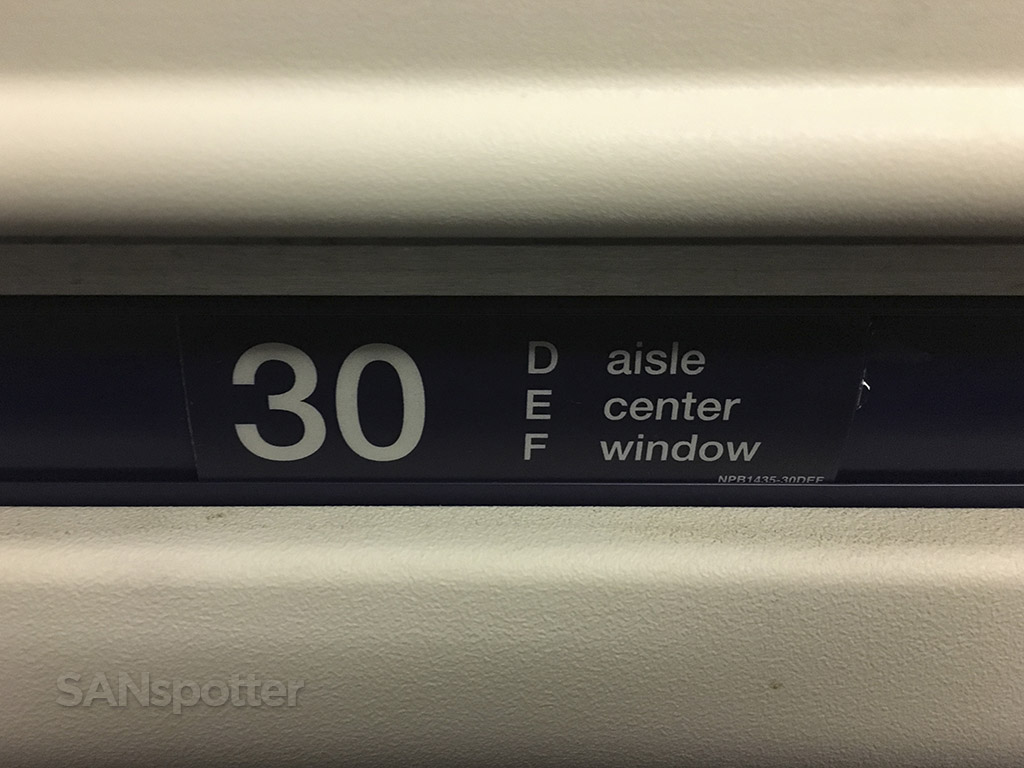 american airlines md-83 seat number
