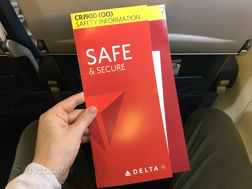 delta connection CRJ-900 safety card