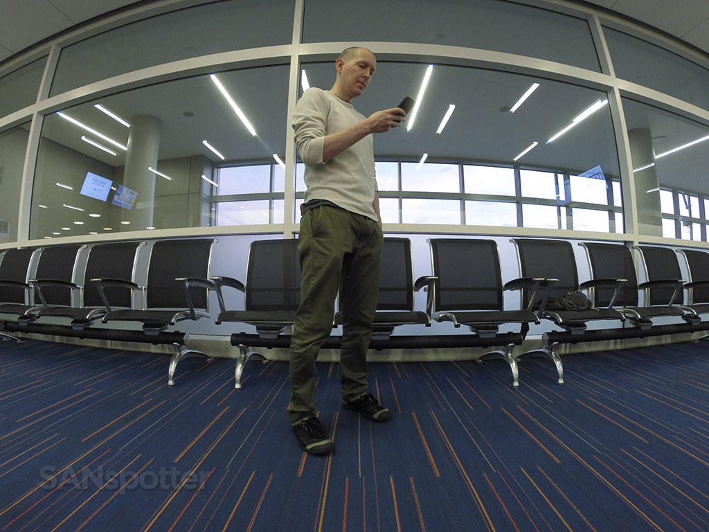 SANspotter airport selfie JFK